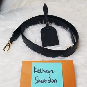 NEW UNUSED LOUIS VUITTON BLACK STRAP & LUGGAGE TAG